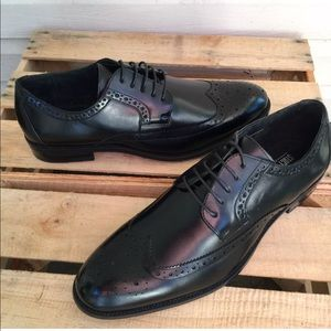 New Stacy Adams Black Leather Wing tip Oxford